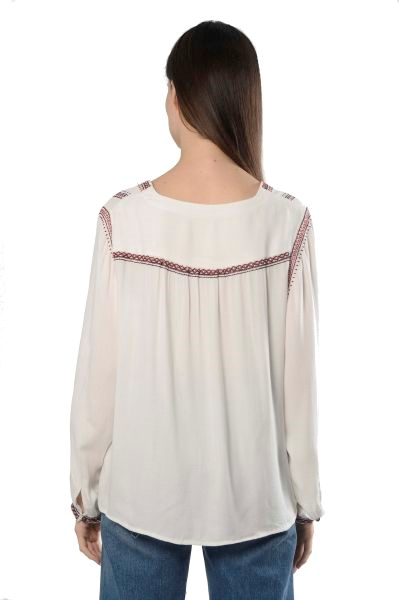 Picture of EMBELLISHED TOP W/TASSEL